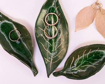Leaf Ring Dish with glass