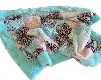 Minky Girl Blanket, Floral Baby Girl Blanket, Minky Baby Blanket, Stroller Blanket, Baby Shower Gift, Crib Blanket, Modern Baby Blanket