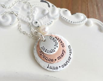 Mothers Day Gift . Personalized Necklace . Personalized Mothers Necklace . Name Necklace. Engraved Names . Handmade Jewelry