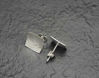 hammered sterling silver square stud earrings, minimalist everyday small earrings, ildiko jewelry