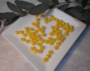 Yellow beads 8mm - acrylic - sold per 100