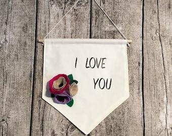 banner Flower Pink Green beige purple felt I LOVE YOU