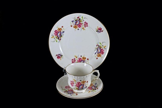 Crown Staffordshire Tea Trio  Teacup, Saucer, Tea Plate. Bone China, 22 Kt. Gold Trim