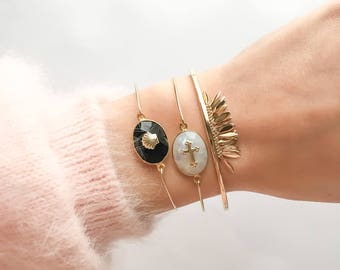 Moonstone or onyx with shell gold plated Bangle Bracelet