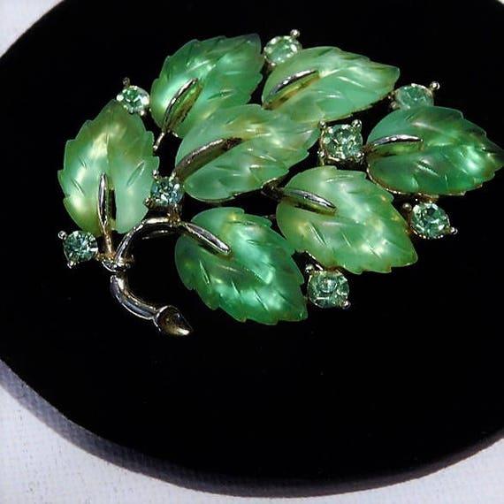 LISNER Fruit Salad Rhinestone Brooch / Vaseline Glass