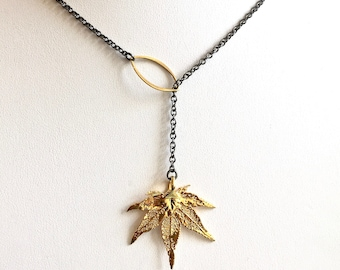 Real Leaf Lariat Necklace - Japanese Maple Leaf, Leaf Jewelry, Nature Jewelry, Gold Leaf, Botanical Jewelry, Mixed Metal