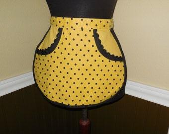 Little girls, tiny women's waist apron...Yellow and black polka dot, jumbo black rick a rack