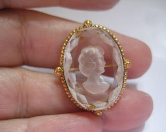 Vintage Reverse Carved Crystal Cameo in Gold Plated Frame for Pin or Pendant