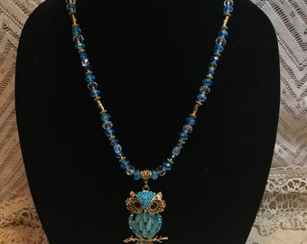 Blue Necklace, Owl Jewelry, Owl Necklace, Retro Owl Necklace, Rhinestone Owl, Owl Pendent, Owl lovers, Owl Bling, Light Blue Necklace