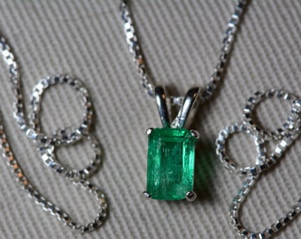 Emerald Necklace, Colombian Emerald Pendant 0.76 Carat Certified 675.00, Sterling Silver, Real Genuine Emerald Cut Jewellery, May Birthstone
