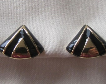 Vintage black enamel Avon triangle clip on earrings