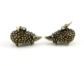Hedgehog Earrings - Antiqued Brass or Silver Vintage Style Hedgehogs Dangle Earrings - Bridesmaids Gifts Idea - CP017/CP103