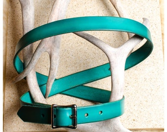 "Simple viridian leather belt - 46"" (fits 44""-48"")"