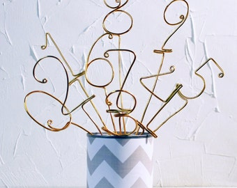 Unique Wire Table Number Stick. Perfect Whimsical and Unique Touch for your Wedding Reception. Variety Wire Color.