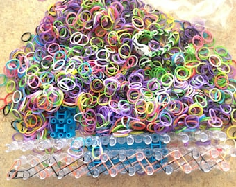 Wonder Loom and rubber bands