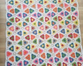 triangle motif throw blanket