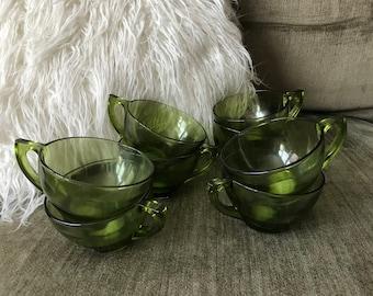 Vintage Green Glass Cup Set // Mid Century Modern Drinkware // 8pc Glass Set