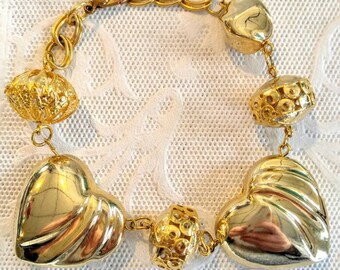 Vintage Gold Heart and Bobbles Bracelet-Large-All Shipping is Only .99c For the Entire Order!