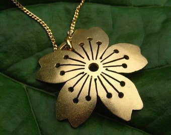 18 ct gold Vermeil Domed Sakura Pendant