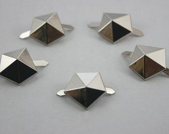 5 pcs.Silver Diamond shape studs. WYSN1817