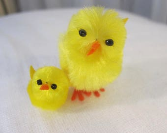 Vintage 90's miniature yellow chenille chicks in 2 sizes 24 total