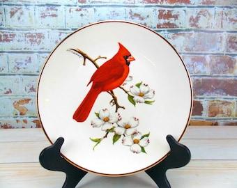 Cardinal, Avon Plate, Decorative Plate, Avon Cardinal Plate, Vintage Avon, North American Songbird, Home Decor, Collectible, Don Eckelberry