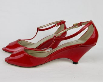 Vintage 1990s Fioni Lipstick Red Low Heel Wedge Mary Janes, Red Patent Leather, Sz 7, Shoes, Pinup