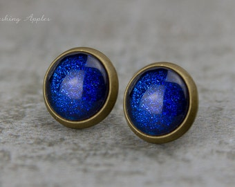 Night sparkle - Earrings Studs, 10 mm / Royal blue with shimmer / hand painted earplugs - minimalistic earrings, everyday jewelry