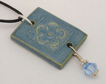 Sky blue flower outline pendant (JYB-N007b-1)
