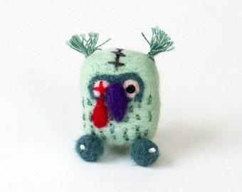 Zombie owl brooch, Halloween needle felted bird pin, Kitsch brooch, spooky animal