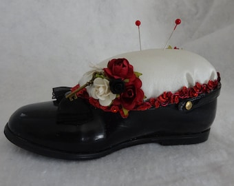 Baby Shoe Pin Cushion, Altered Baby Shoe, Sewing Room Decor, Gift For Sewer, Gift For Quilter, Shoe Pin Cushion, Decorative Pin Cushion