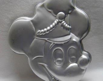 Wilton - Disney Mickey Mouse Band Leader Cake Pan # 515 302