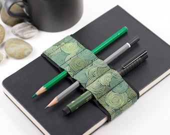 Journal Bandolier // vertigreen // (a better pencil case, journal pen holder, book strap, pen loop, pencil roll, pen bandolier)