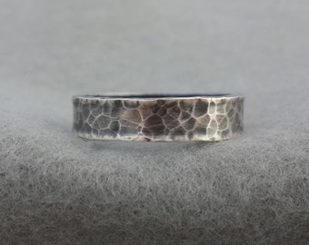 Hand Forged 5mm Sterling Wedding Band, simple hammer textured silver, unisex rustic organic men's ring, leopard skin pattern, 7.75 ready