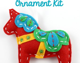Felt Dala Horse. Ornament Kit. Swedish Bird.  DIY Kit. Sewing Kit. Craft Kit. Christmas Ornament Kit. Gifts Under 15. Scandinavian.