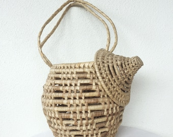 Coil basket with lid