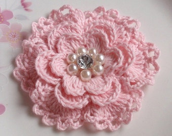Crochet Flower in 3  inches in Lt  Pink YH - 158-01