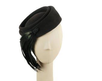 Charcoal Gray Pillbox Hat, Pillbox Hat, Felt Hat for Women, Wedding Hat, Fascinator Hat, Winter Hat, Church Hat, Dress Hat, Ladies Hat
