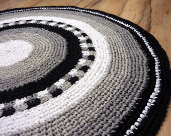 Rag Rug, Black and white Rug, 150cm, Crochet rug, Custom rug, Kids Rug, Round Rug, no.004