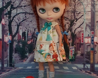 SALE! Cute summer dress with a crochet top part for Blythe or Pullip