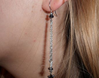 Earrings with hematite stars