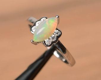 natürliche weiße Opal Ring Ehering Oktober Geburtsstein Marquise geschnitten Edelstein Sterling Silberring