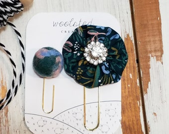 Marbled felted wool pom and Green Floral Yo-Yo Clip / Forrest Floor