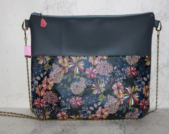 Graphic handbag faux leather/grey cotton coated grey blue flowers with fancy chain strap