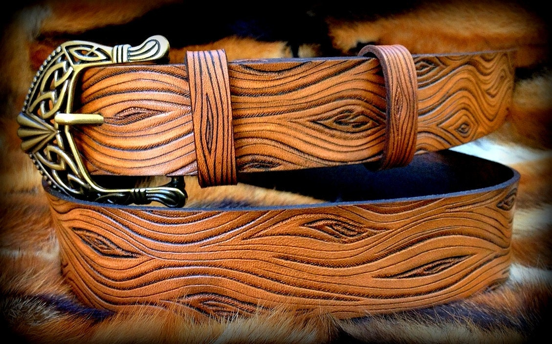 Holz-Optik Leder Gürtel Hand punzierte Gürtel mit keltischer