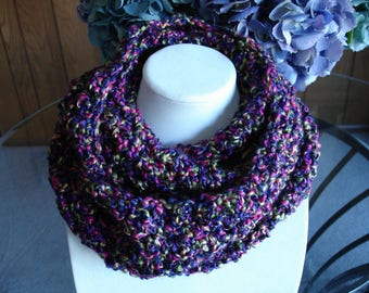 Multicolor(B) Cowl Scarf, Infinity Scarf, Crocheted Scarf, Winter Scarf
