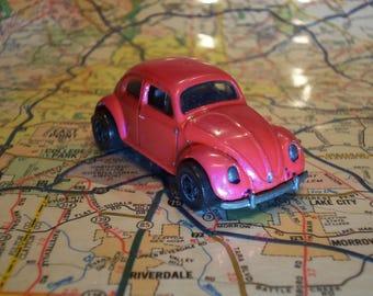 RARE VINTAGE 1988 Hot wheels VW Bug creamy pink