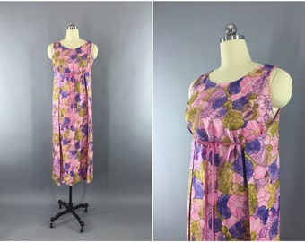 Vintage 1960s Dress / 60s Wrap Dress / Hawaiian Loungewear Maxi Dress / Pink Floral Print / Leisure Lovers