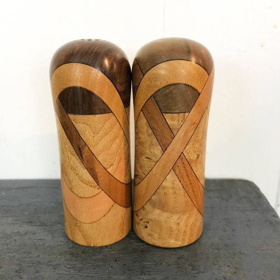 vintage wooden salt and pepper shaker set - minimal modern - inlaid natural woodgrain - wedding housewarming gift