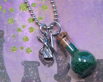 Green Wizard's Potion Bottle Necklace, Fantasy Wizard Pendant, Green Potion Bottle Pendant, Wizard Charm,Potion Bottle Charm,Fantasy Jewelry